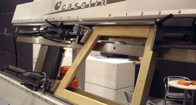 Casolin - Hydraulic Easy Press for Windows and Doors